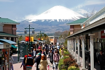 gotemba_crowd02a.jpg
