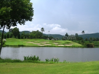 pattaya1 151golf.jpg